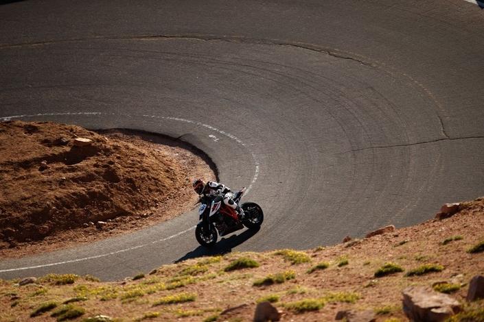 Chris Fillmore ou la montée du Pikes Peak en vidéo