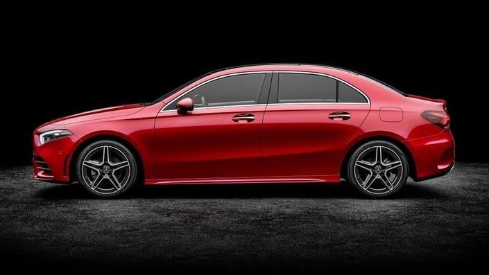 L'arrivée de la Classe A 3 volumes devrait précipiter la fin du coupé 4 portes CLA.