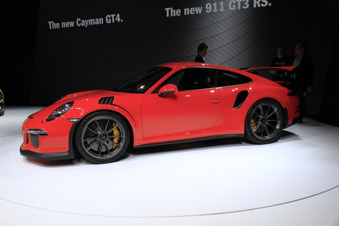 Porsche GT3 RS : 7'20'' sur le Ring - En direct du salon de Genève 2015