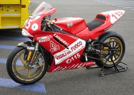 Pirelli chausse la moto électrique du Team Betti.