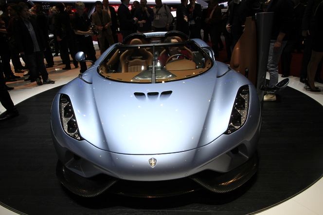 Koenigsegg Regera : tension maximale - En direct du salon de Genève 2015