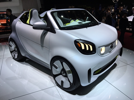 Smart Forease : l'ultime roadster urbain ? - Vidéo en direct du Mondial de l'Auto 2018