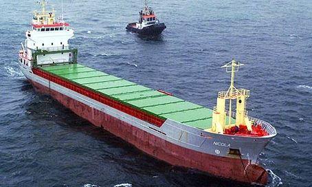 Pollution : 15 bateaux polluent plus que toutes les autos du monde !
