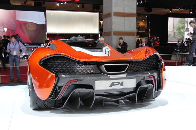 Vidéo : en direct du Mondial - McLaren P1 : prometteuse