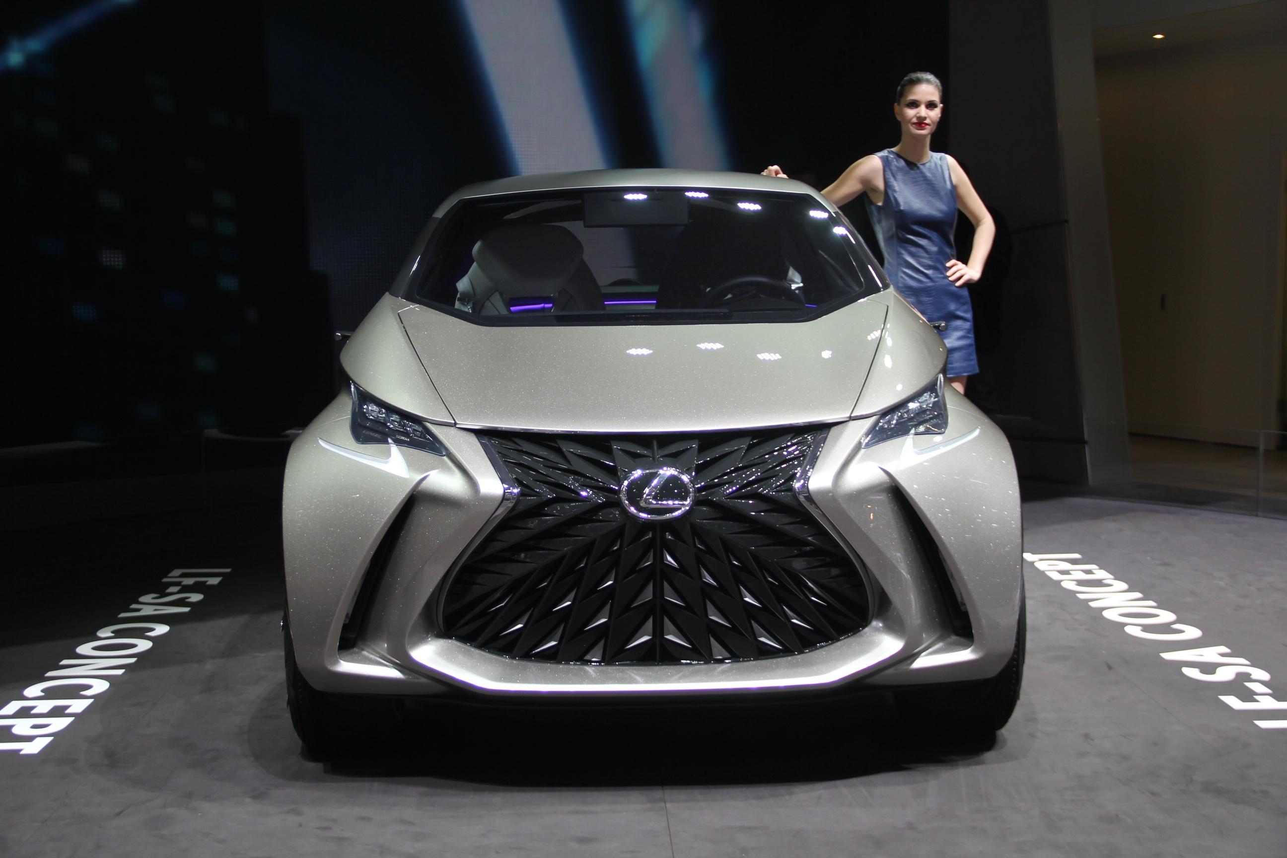 S0-Lexus-LF-SA-Concept-nouveaux-horizons-En-direct-du-salon-de-Geneve-2015-347813.jpg
