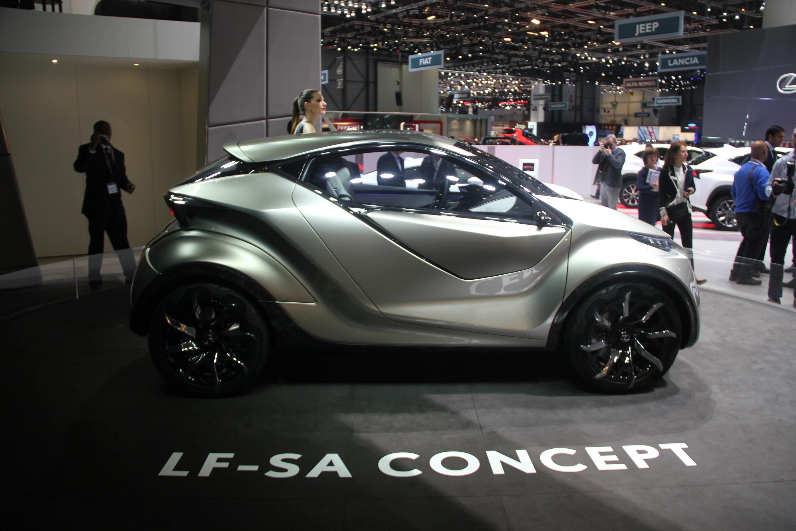 Lexus lf sa concept nouveaux horizons en direct du for Prix salon de geneve 2015