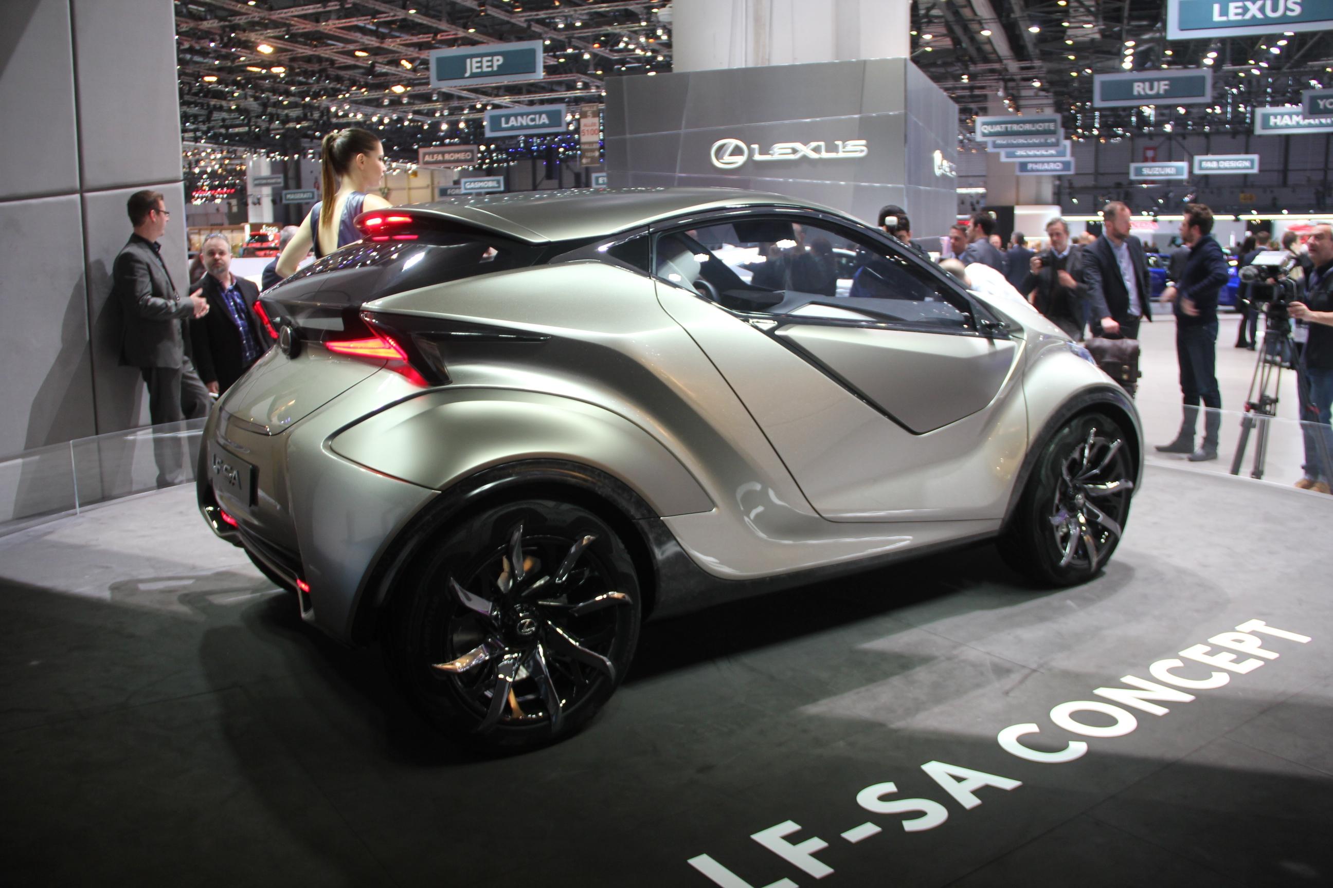 S0-Lexus-LF-SA-Concept-nouveaux-horizons-En-direct-du-salon-de-Geneve-2015-347816.jpg