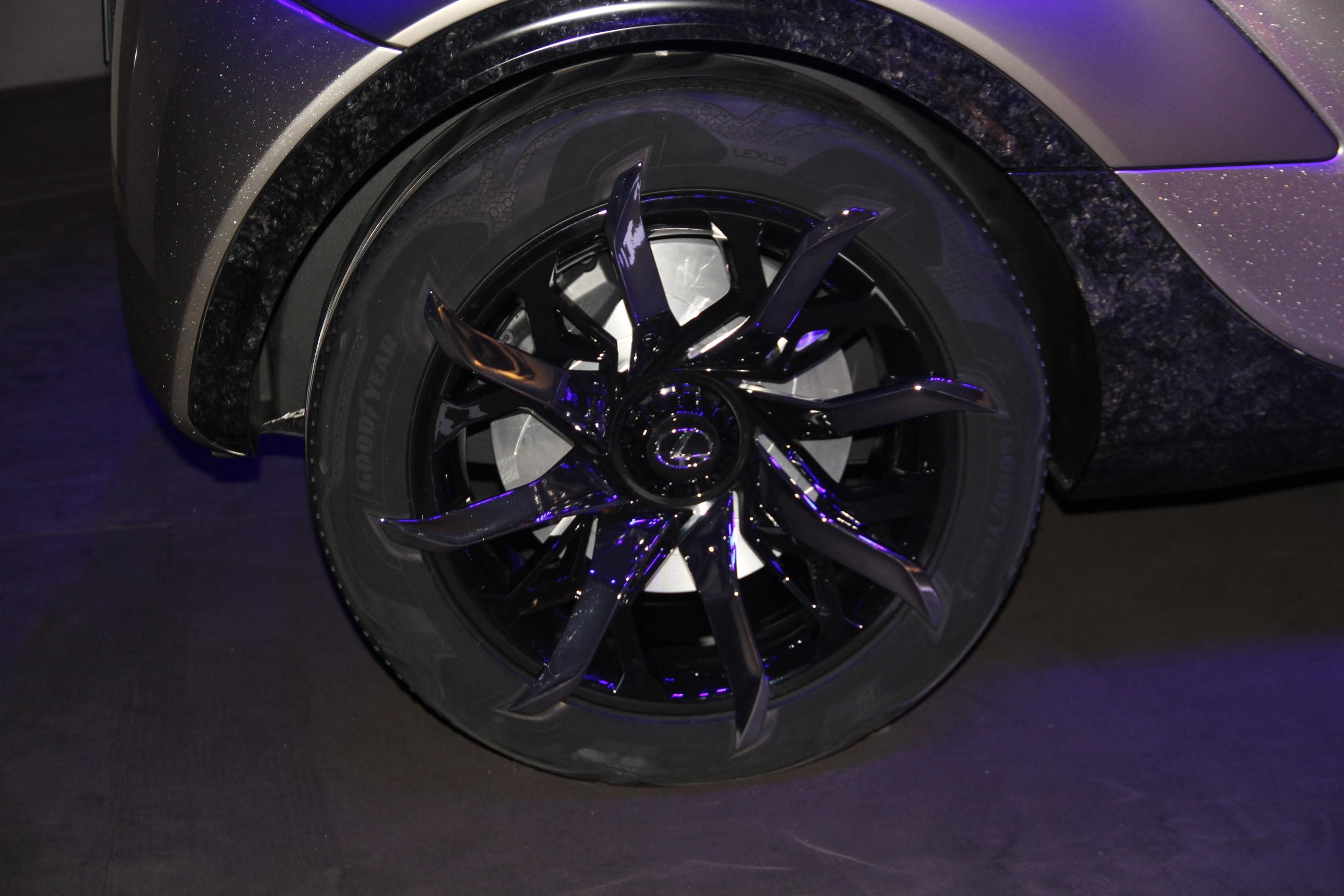 S0-Lexus-LF-SA-Concept-nouveaux-horizons-En-direct-du-salon-de-Geneve-2015-347817.jpg