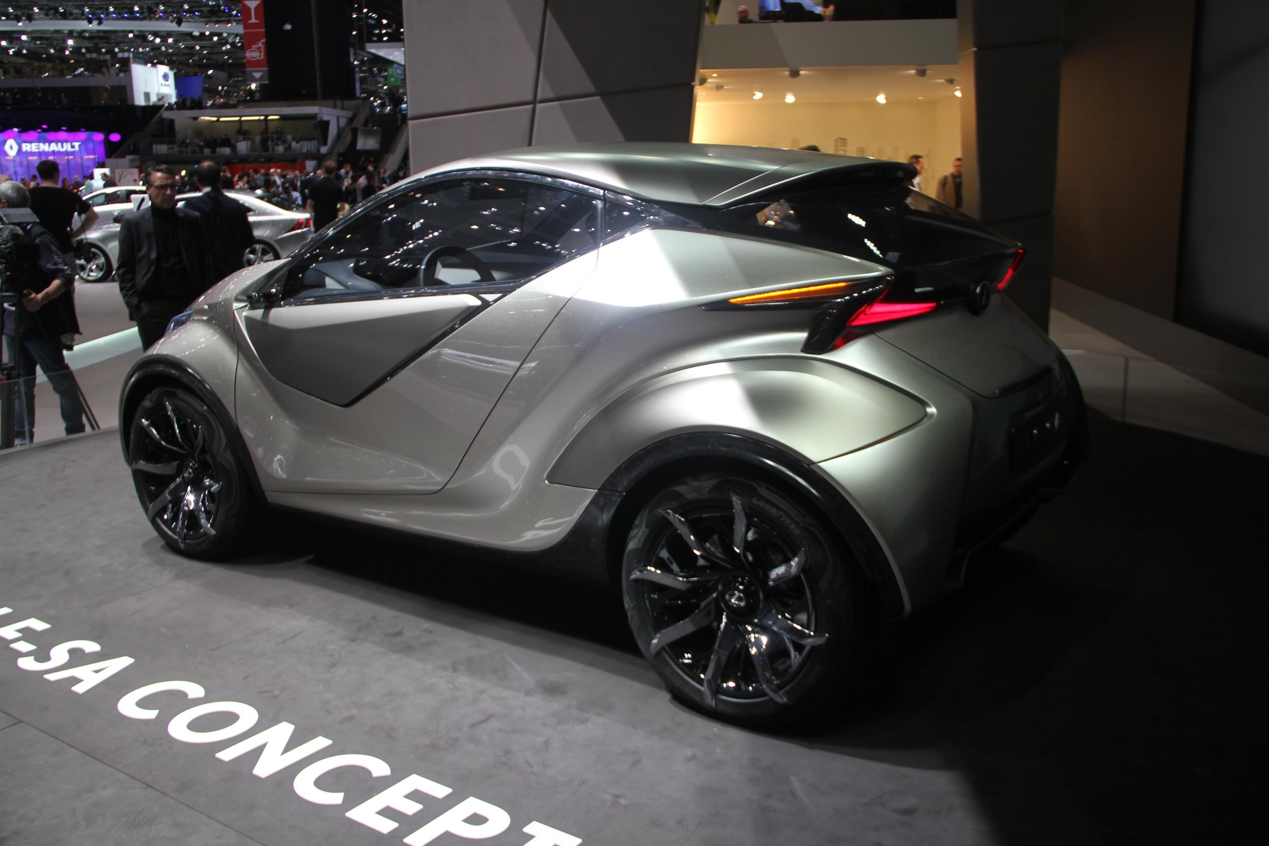 S0-Lexus-LF-SA-Concept-nouveaux-horizons-En-direct-du-salon-de-Geneve-2015-347820.jpg