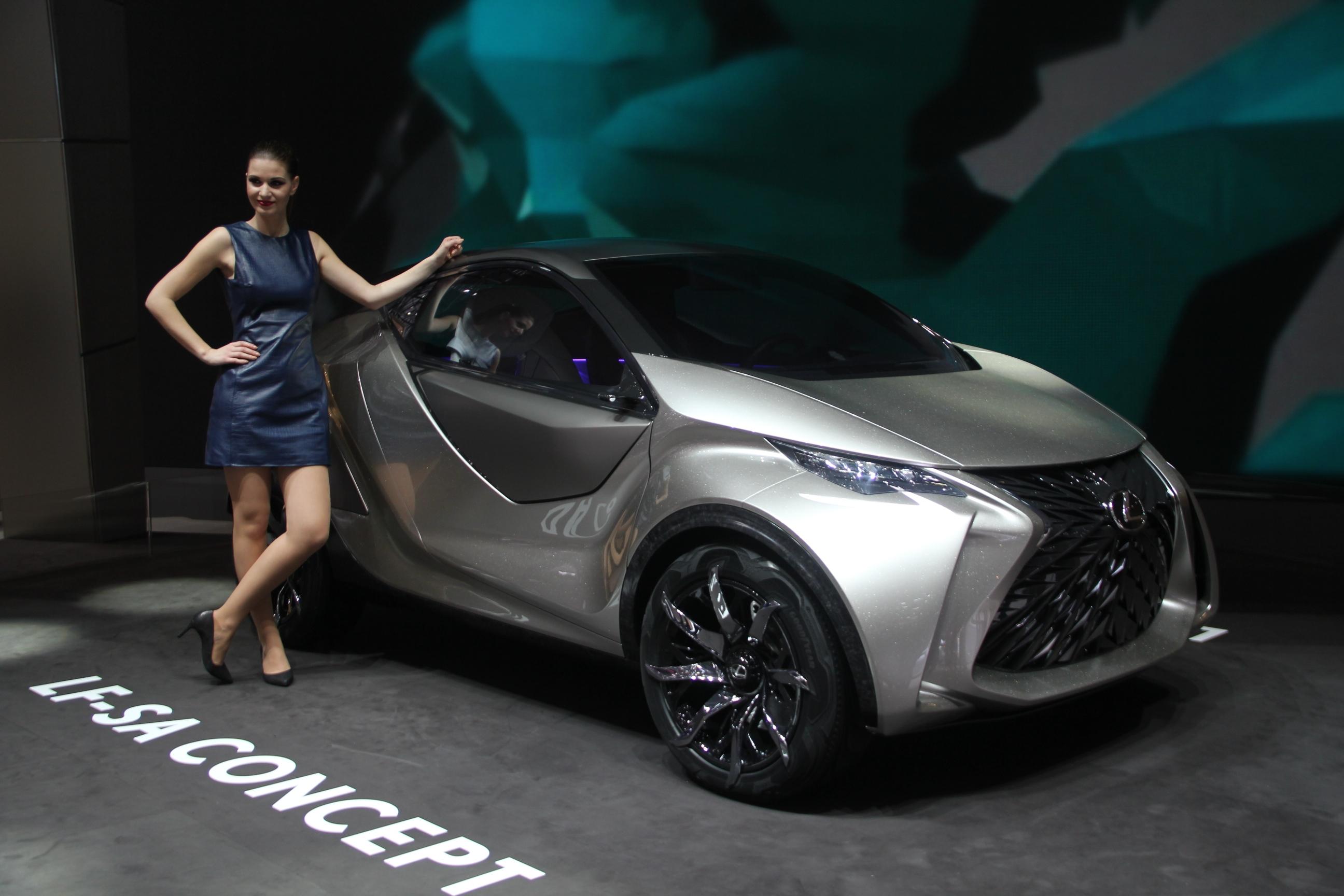 S0-Lexus-LF-SA-Concept-nouveaux-horizons-En-direct-du-salon-de-Geneve-2015-347824.jpg