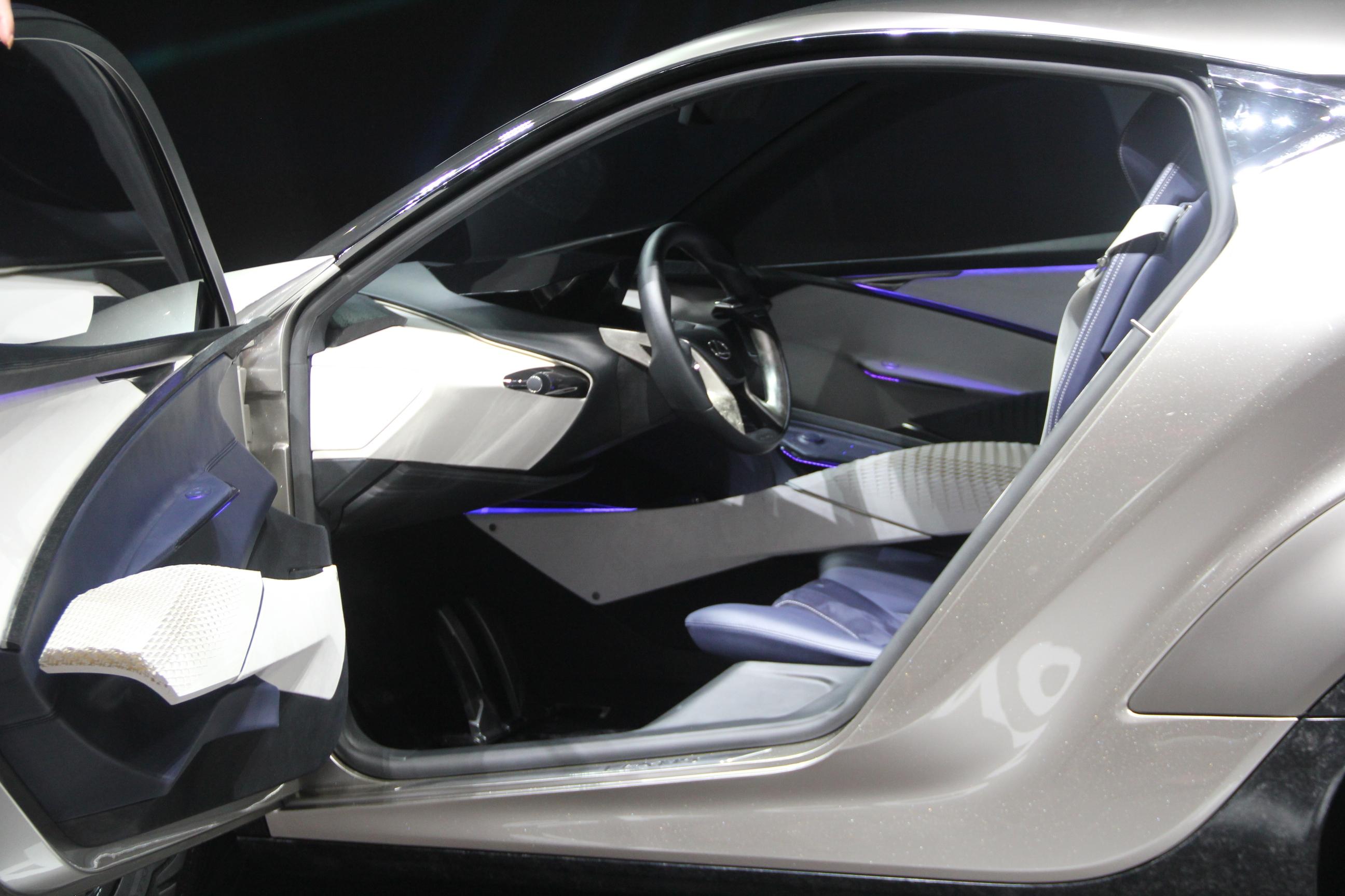 S0-Lexus-LF-SA-Concept-nouveaux-horizons-En-direct-du-salon-de-Geneve-2015-347826.jpg