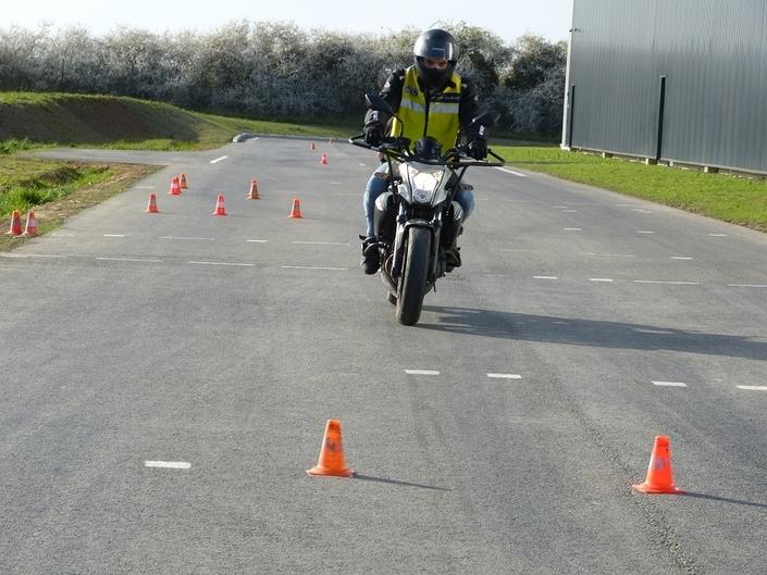 Nouveau permis moto, c'est pour aujourd'hui