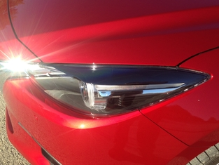 Première vidéo de la Mazda 3 restylée (2017) : les premières images en live et impressions de conduite