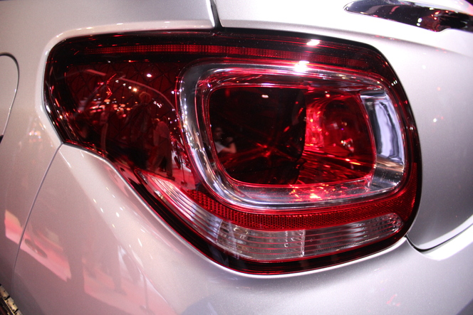 Vidéo en direct du Mondial 2012 : Citroën DS3 Cabrio, la Deuche du 21e siècle