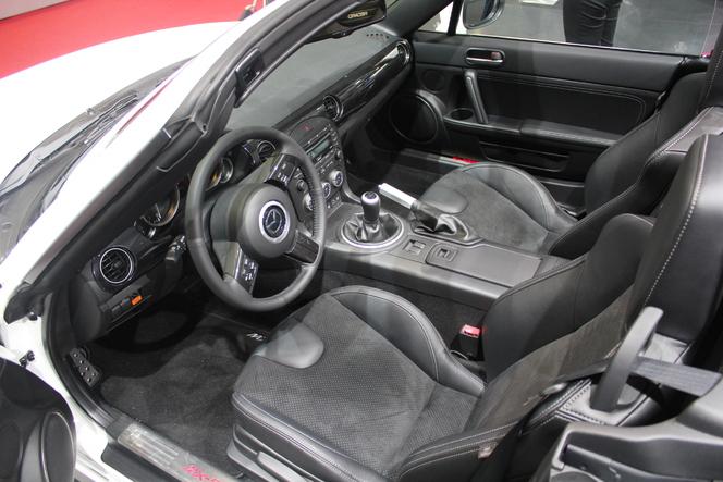 En direct du Mondial 2012 : Mazda MX5 restylée, plus sportive, plus sûre... pour les piétons