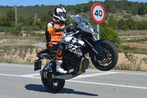 Nouveauté – KTM: la Super Duke se fait GT