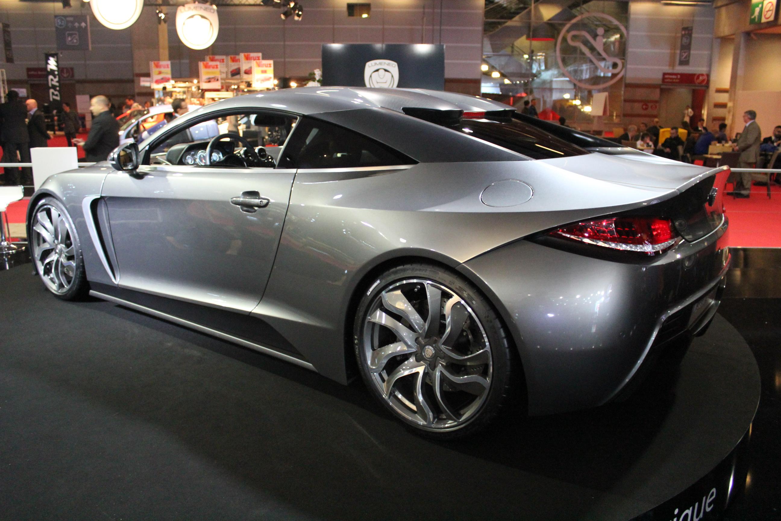 http://images.caradisiac.com/images/1/3/7/5/81375/S0-En-direct-du-Mondial-2012-Exagon-Motors-Furtive-e-GT-une-Fisker-Karma-a-la-francaise-274395.jpg