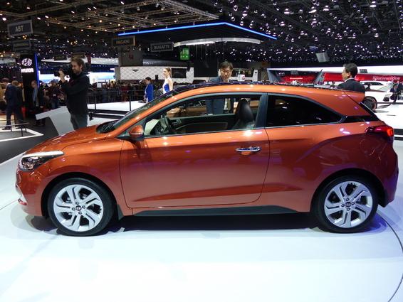 Hyundai i20 Coupé : un goût de trop peu –  En direct du salon de Genève 2015