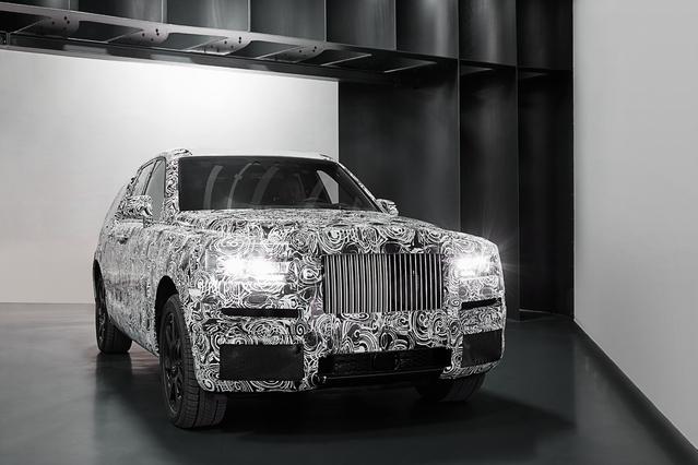 Rolls Royce dévoile les premières images de son futur SUV