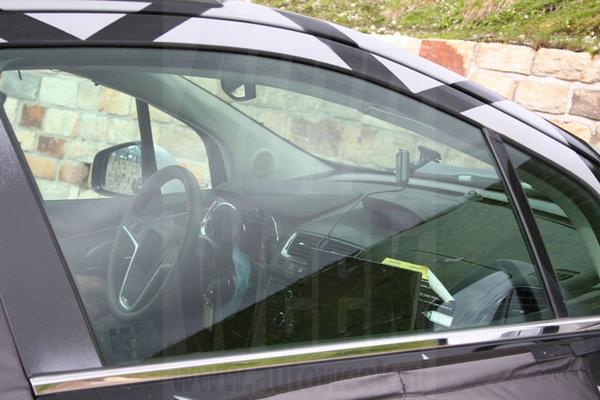 S7-Opel-un-SUV-sur-base-de-Corsa-en-2012-233920