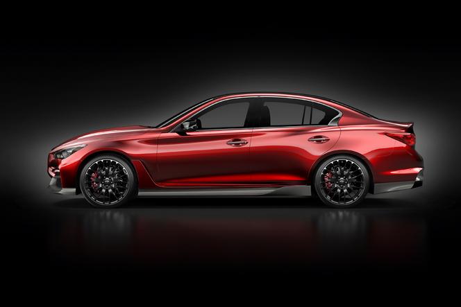 Detroit 2014 : l'Infiniti Q50 Eau Rouge se dévoile entièrement