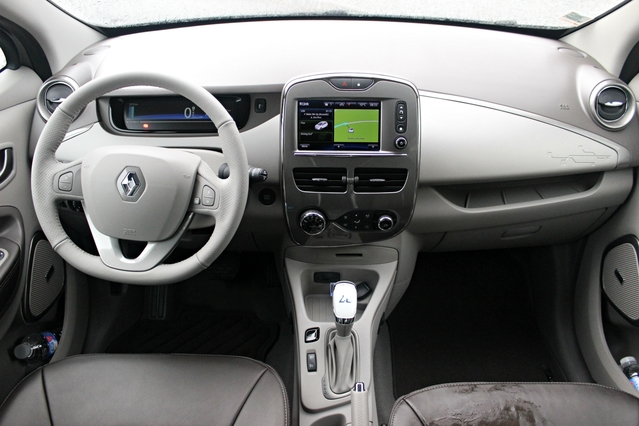 Essai - Renault Zoé ZE40 2017 : vers l'infini et au-delà ?