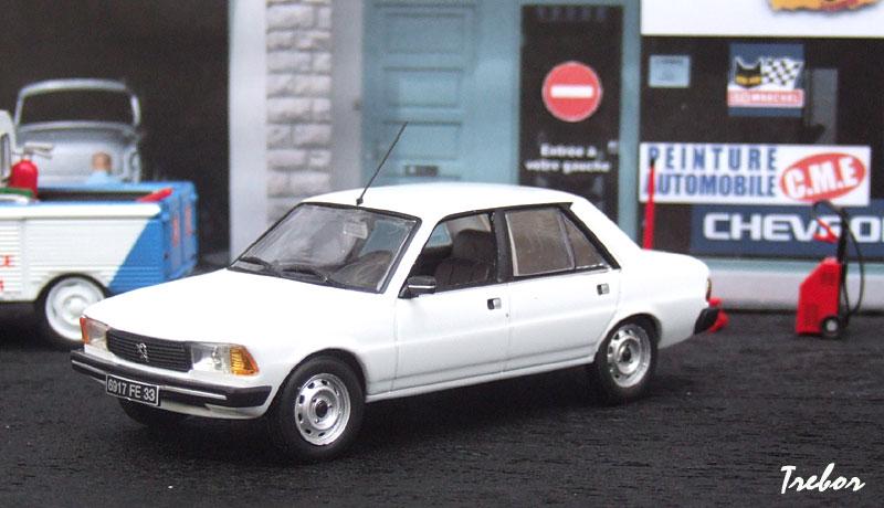 Miniature : 1/43ème - PEUGEOT 305 GL