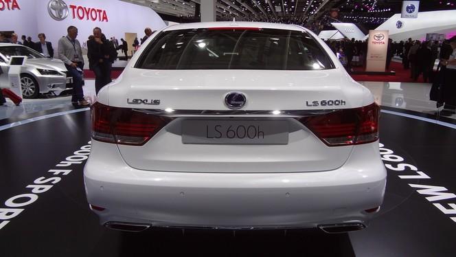 En direct du Mondial 2012 - Lexus LS 600h F-Sport: Du sport écolo-chic !