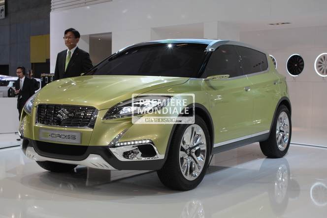 En direct du Mondial 2012 : Suzuki S-Cross Concept