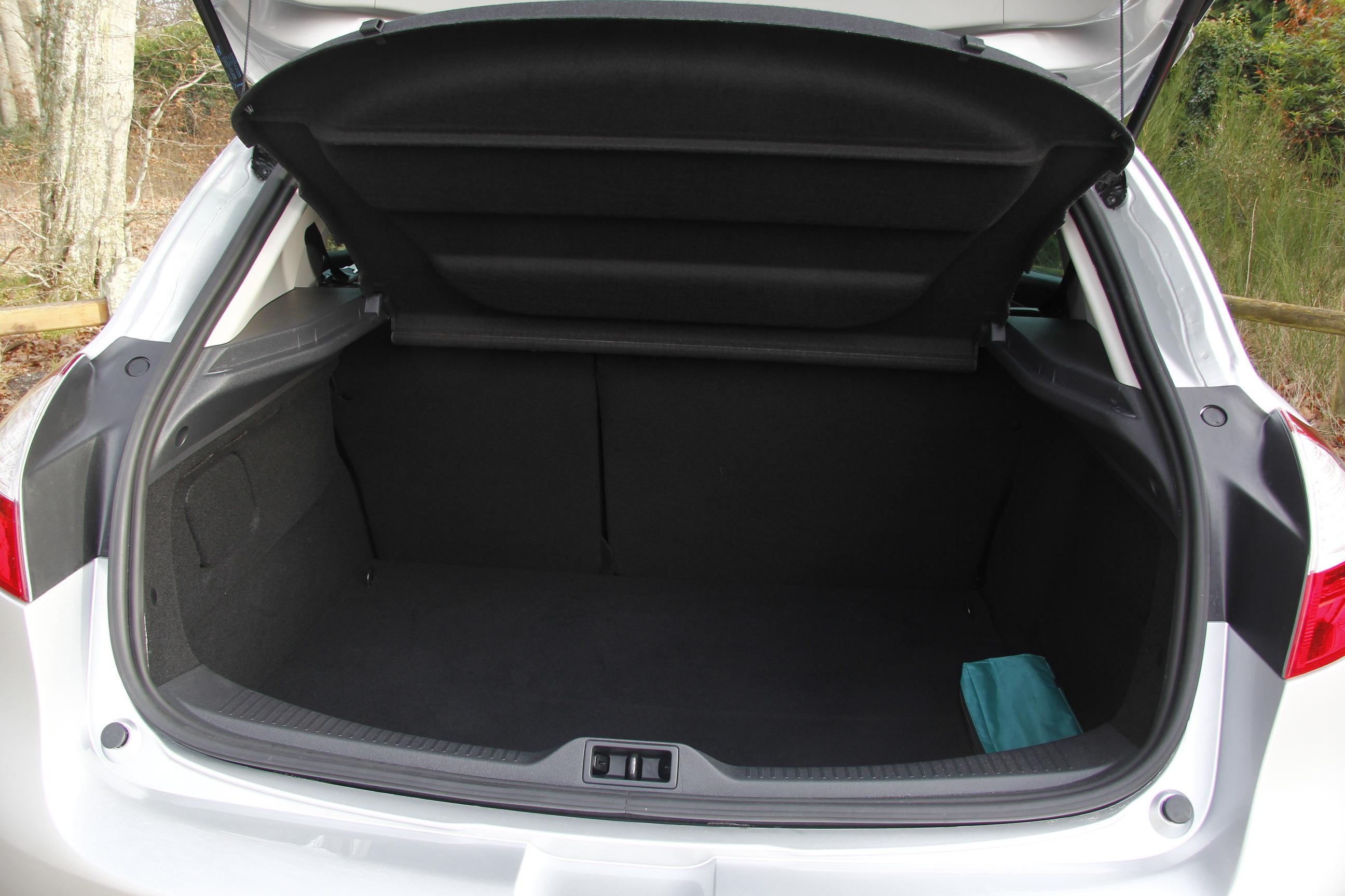 фото багажник меган