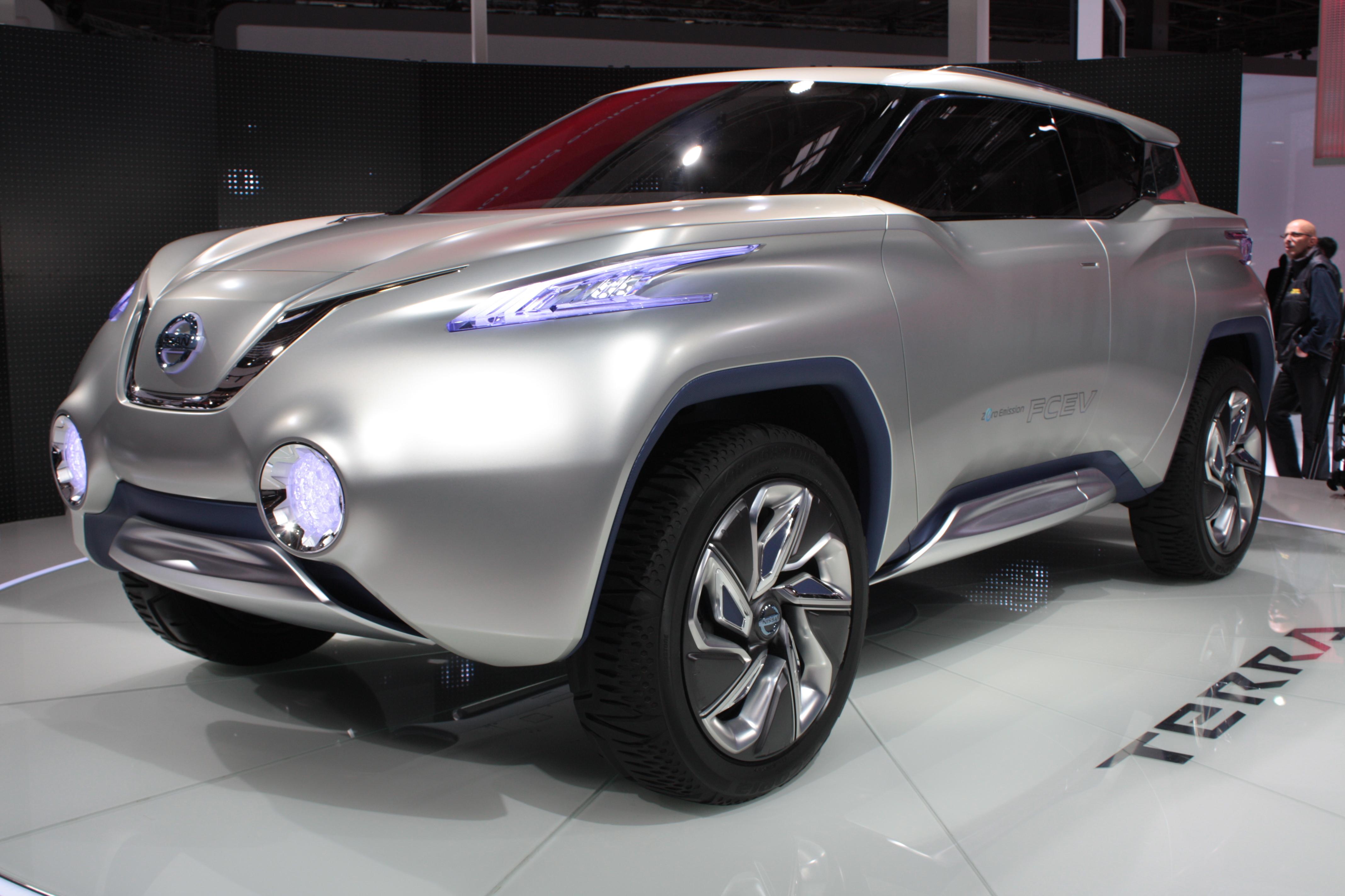 http://images.caradisiac.com/images/1/4/1/7/81417/S0-En-direct-du-Mondial-2012-Nissan-Terra-Concept-vision-d-avenir-273563.jpg