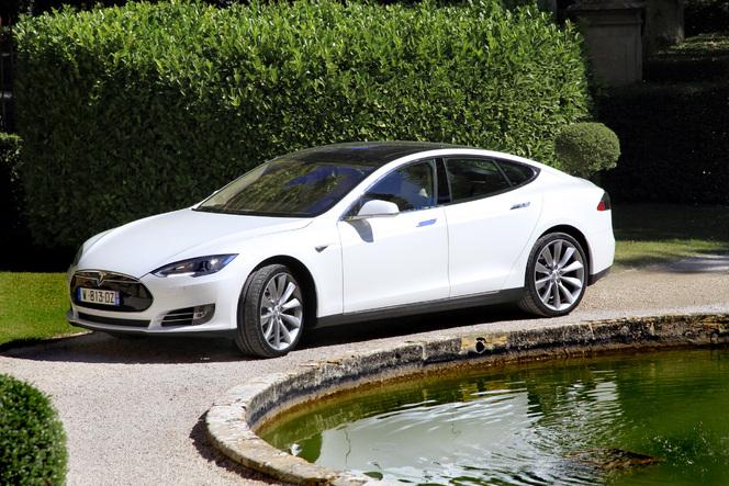 Et si GM achetait Tesla en 2014 ?