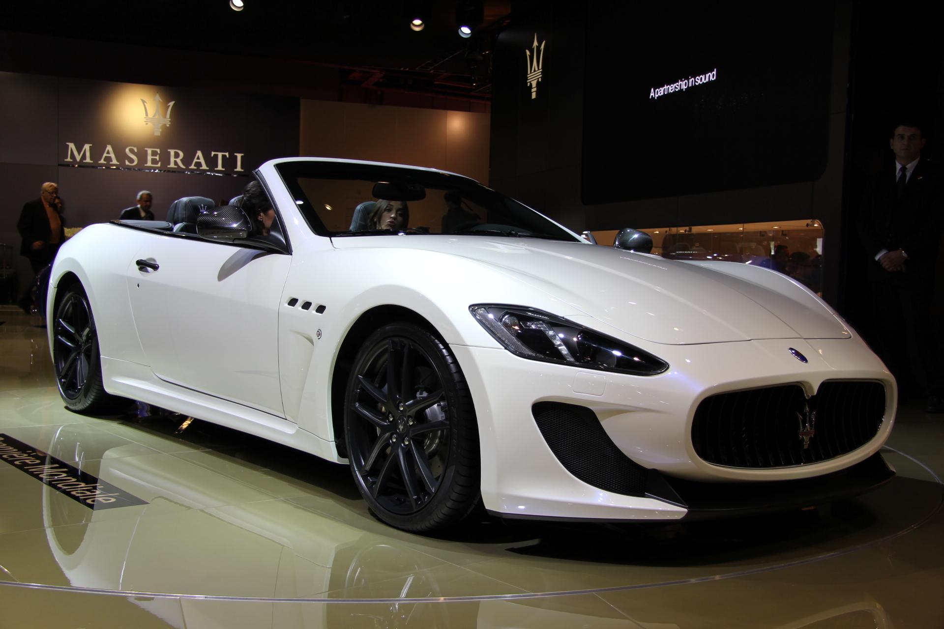 http://images.caradisiac.com/images/1/4/2/2/81422/S0-Mondial-de-Paris-2012-Maserati-GranCabrio-MC-toujours-plus-273853.jpg