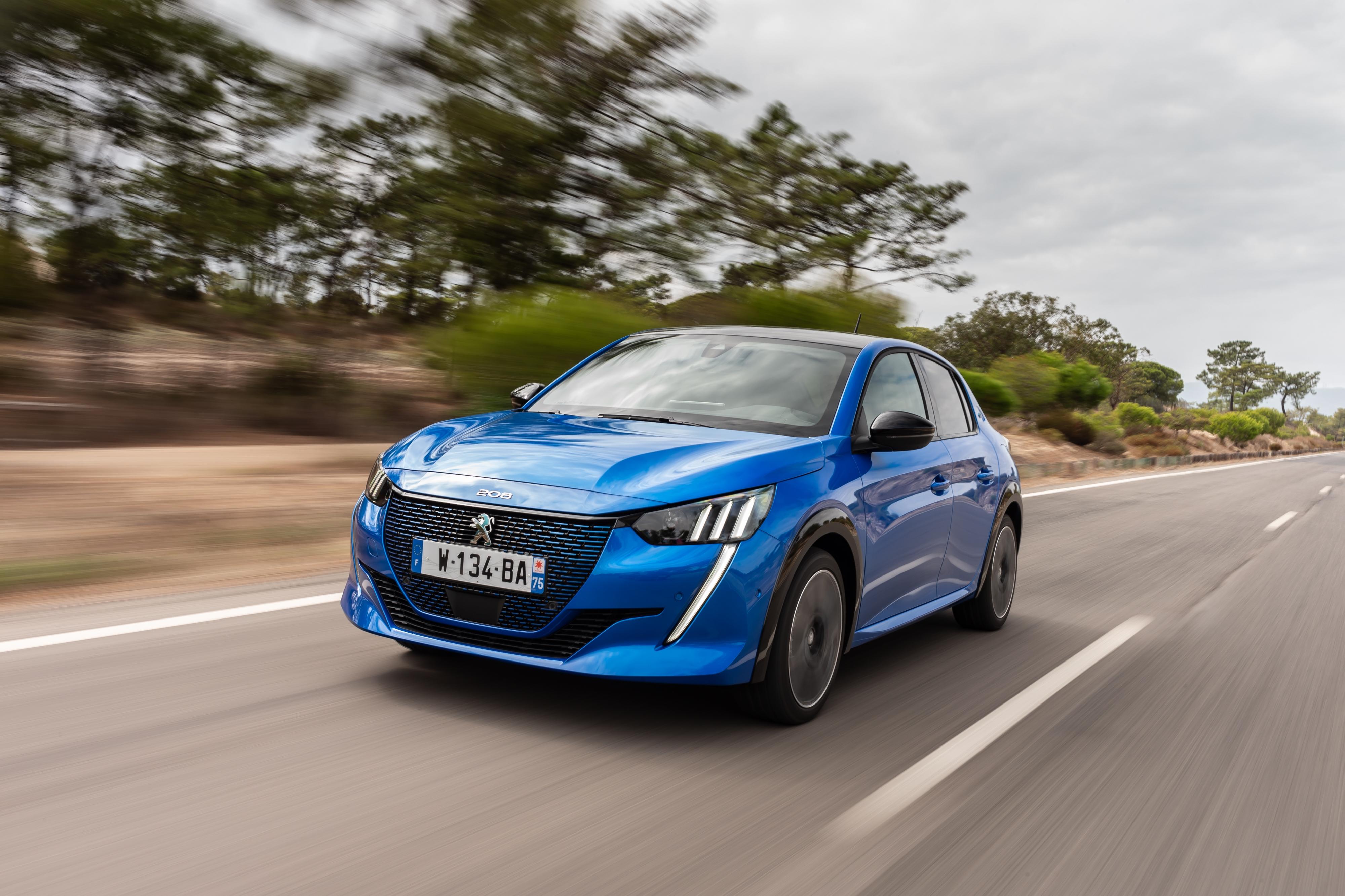 Ventes De Voitures En Europe Peugeot Souffre Volkswagen Loin Devant Toyota Cartonne
