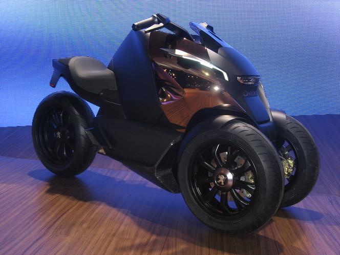En direct du Mondial de Paris 2012 : le concept Peugeot Scooter Onyx à l'honneur