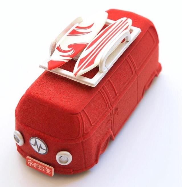 Insolite - La bûche de Noël en forme de Combi Volkswagen