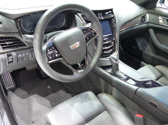 Cadillac CTS-V : la M5 en ligne de mire –  En direct du salon de Genève 2015