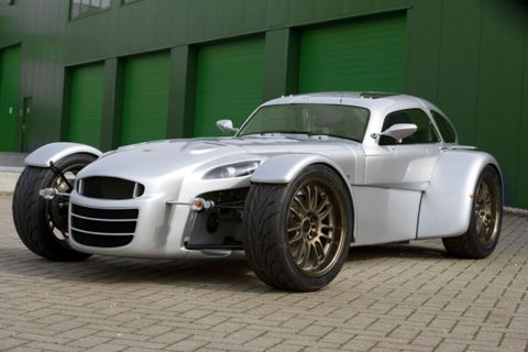 S0-Donkervoort-GT4-le-coupe-pour-base-92006