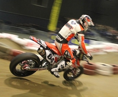 Supermotard Indoor de Tours 2011: Sylvain Bidart.