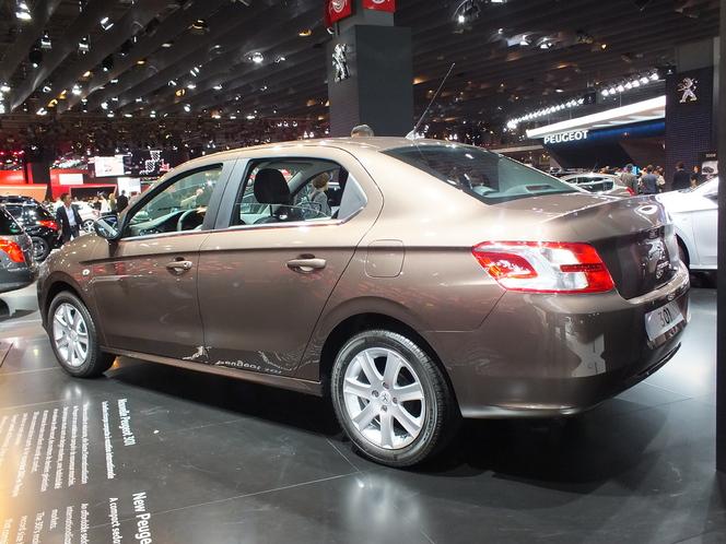 Vidéo en direct du Mondial de l'Automobile 2012 : Peugeot 301, l'internationale