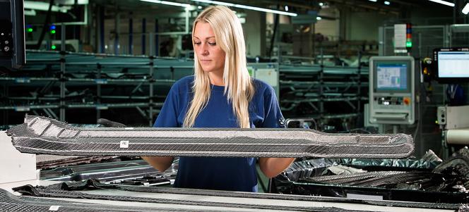 BMW aimerait produire une Série 3 en fibres de carbone