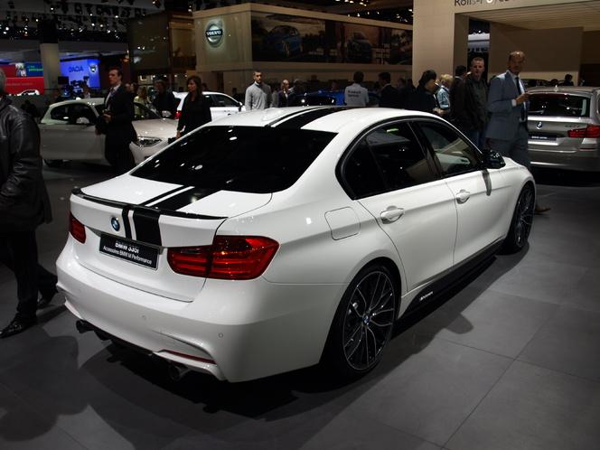 En direct du Mondial de l'auto - BMW Serie 335i M Performance : M3 et le ciel...