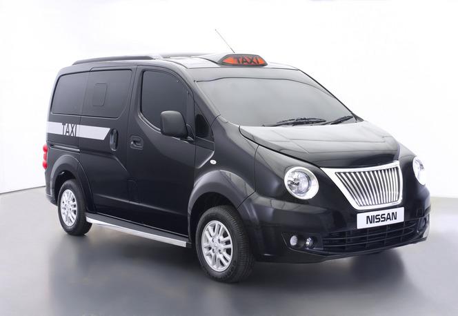 Fabuleux face ratée du nouveau taxi londonien de Nissan VL59