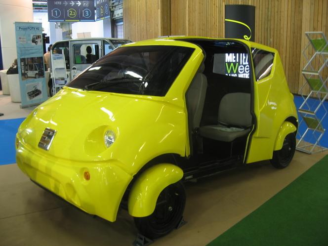 En direct du Mondial de Paris 2012 : la Weez, première voiture électrique homologuée trois places