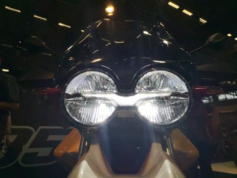 Optique Avant Moto Guzzi V85 TT