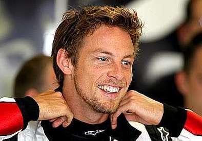 Grand Prix de Hongrie Hungaroring: Button passe entre les gouttes
