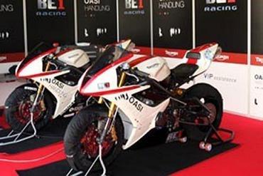 Supersport - Triumph: Pendant ce temps, à Valence...