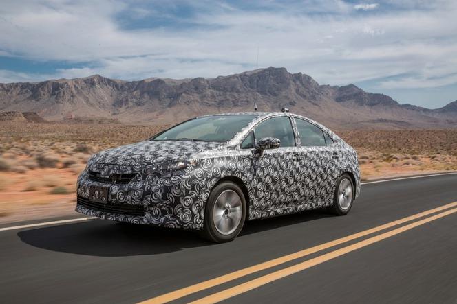 Toyota confirme sa volonté de commercialiser une berline à hydrogène en 2015