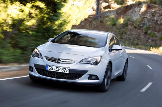 Opel Astra GTC essence 200 ch: à partir de 29250 €