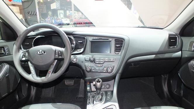 S1-En-direct-du-Mondial-2012-Kia-Optima-hybride-au-meme-prix-que-la-diesel-274824